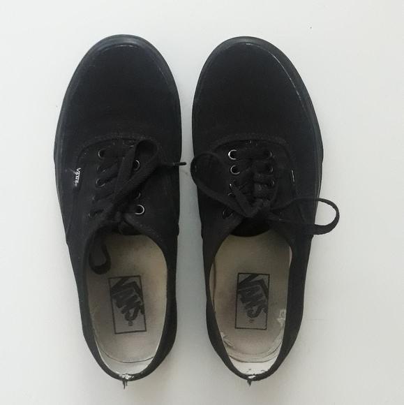 Era Vans in Solid Black